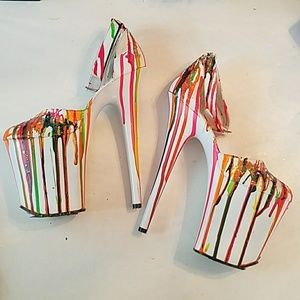 HAND PAINTED WHITE LEATHER PLATFORM PUMPS